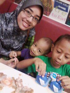 saya dan anak-anak..
